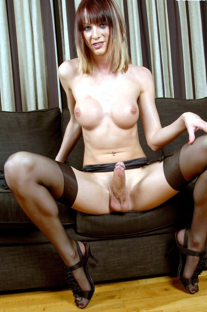 Big dick sex tranny